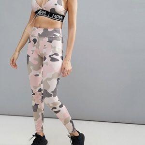 Women's MINKPINK Move Pink Camo Active Leggings